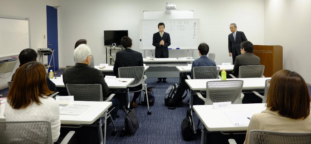 話し方センターでは、仲間とともに学びます