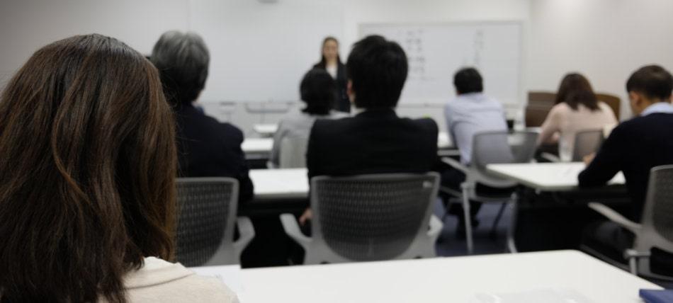 日本話し方センターのあがり症改善セミナーのイメージ